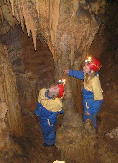 Modrič Cave